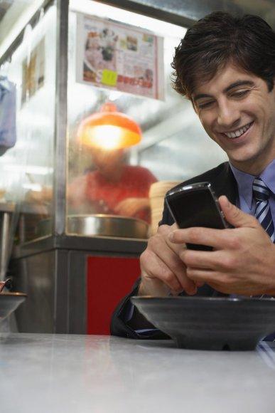 Išmanusis telefonas gali būti puikus pagalbininkas ir virtuvėje