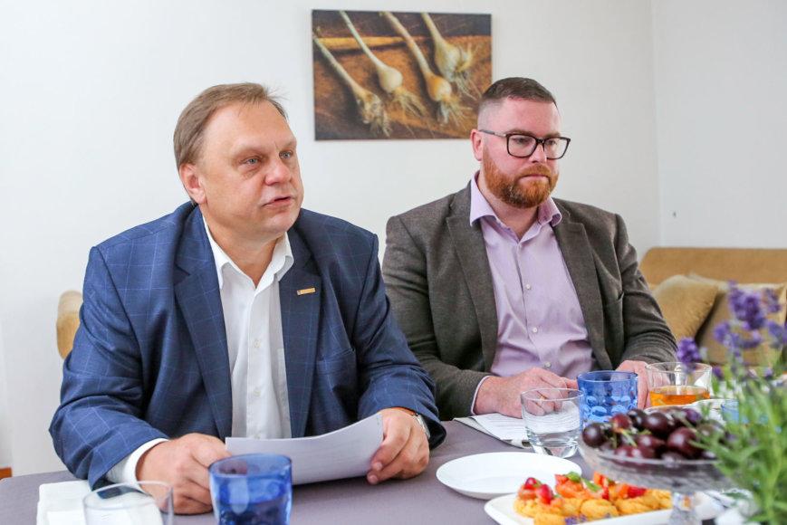 Valdas Sutkus, LVK prezidentas (k.) Marius Dubnikovas, LVK Mokesčių komisijos pirmininkas (d.)