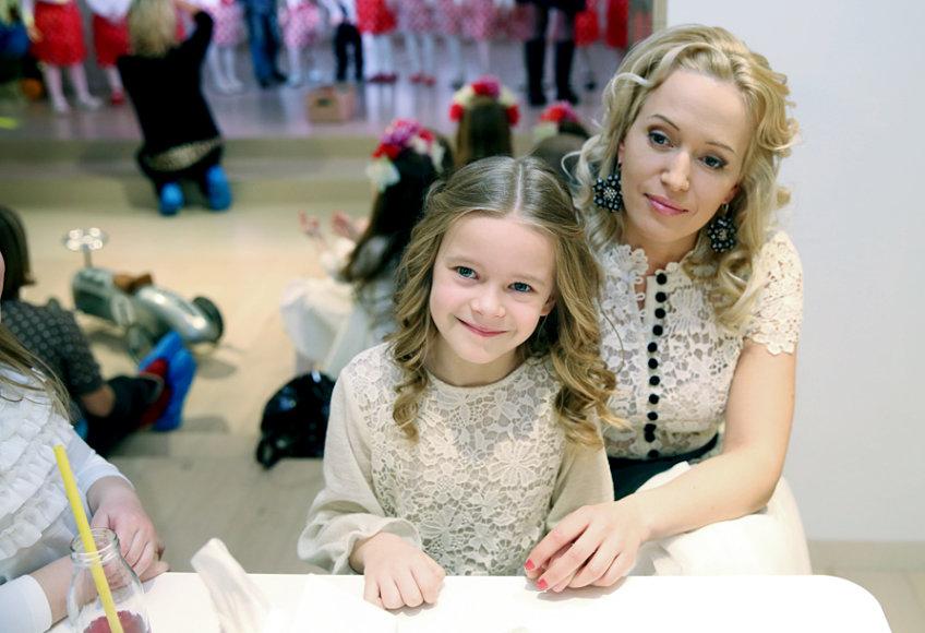 Elena Puidokaitė-Atlanta su dukra Saule