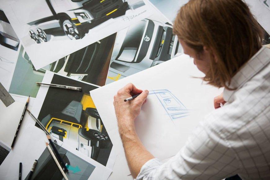 Nepamiršti ir tradiciniai dizaino studijų darbo metodai ir ranka piešiami eskizai
