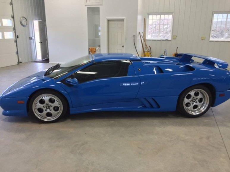 """""""Lamborghini Diablo"""", kurį iki 2015 metų vairavo Donaldas Trumpas"""