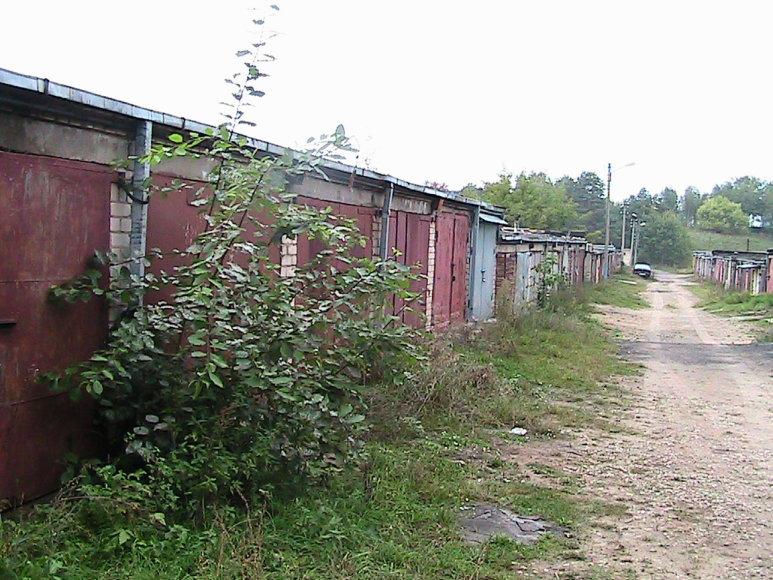 Garažas, kuriame buvo įkurta fiktyvi įmonė