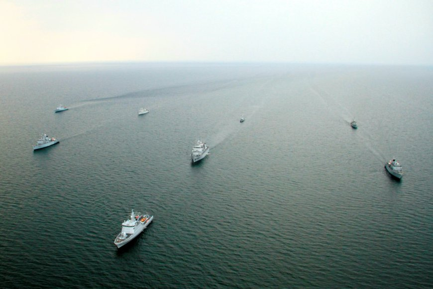 Karinių jūrų pajėgų laivai