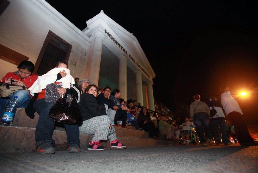 Čilėjo po žemės drebėjimo evakuoti žmonės