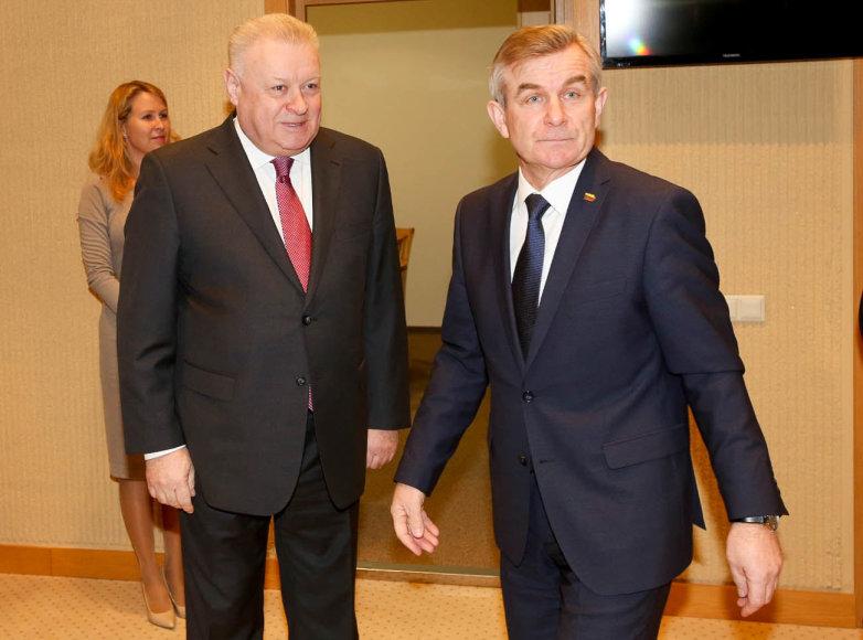Seimo pirmininko Viktoro Pranckiečio susitikimas su Rusijos Federacijos ambasadoriumi Aleksandru Udalcovu.