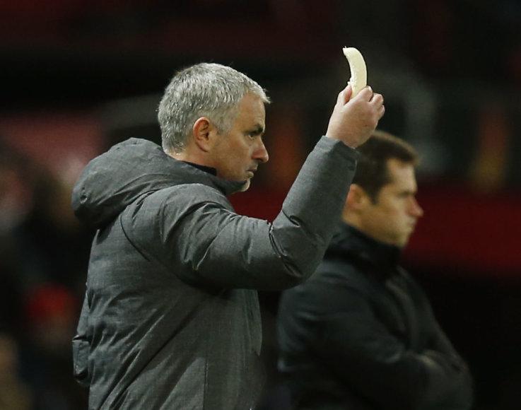 Jose Mourinho su bananu rankoje