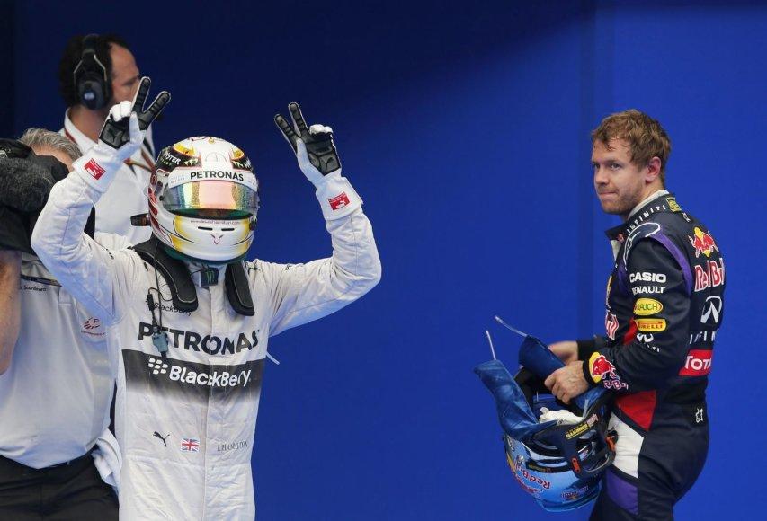 Lewisas Hamiltonas (kairėje) ir Sebastianas Vettelis