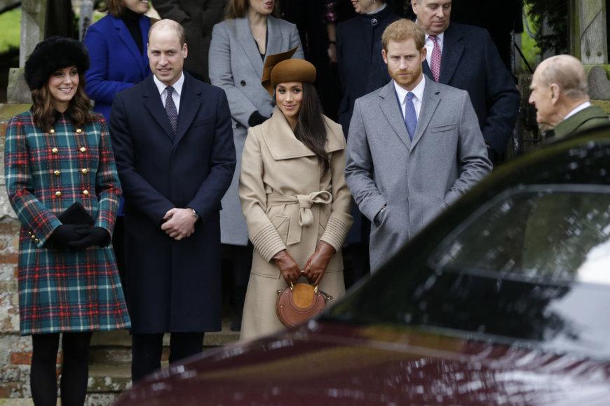 """""""Scanpix"""" nuotr./Karališkoji šeima renkasi į kalėdines mišias Sandringame"""