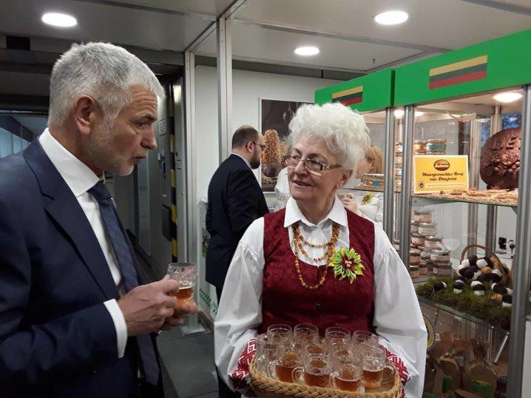 B.Markauskas Lietuvos paviljone