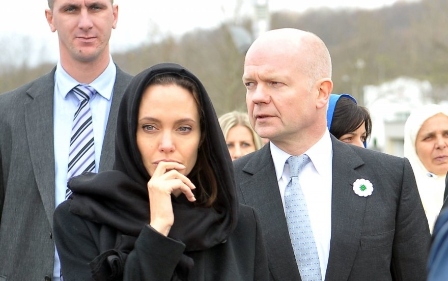 Angelina Jolie ir Williamas Hague