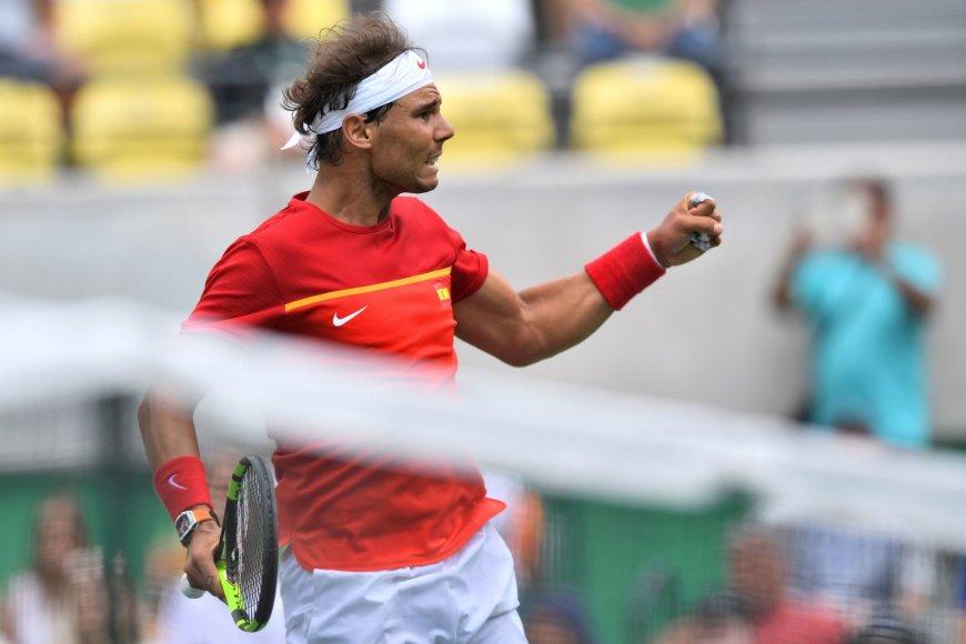 Rafaelis Nadalis oliminio teniso turnyro aštuntfinalyje patiesė Gillesą Simoną