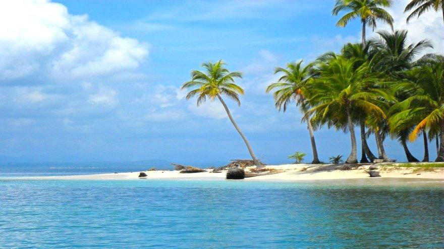 San Blass saloje Panamoje galima pasijusti tikrais robinzonais