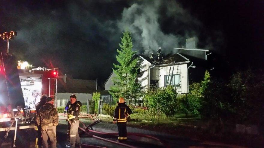 Gargžduose degė gyvenamasis namas