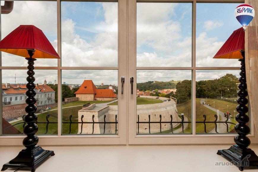 Vilnius, Senamiestis, Subačiaus g., 4 kambarių butas
