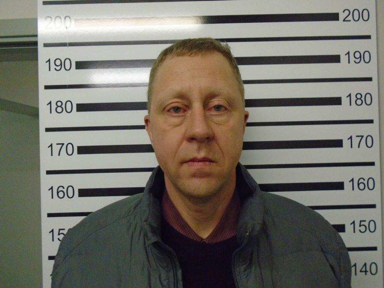 Uostamiesčio policijos pareigūnai ieškoma žmonos nužudymu įtariamo Jono Zeniausko.