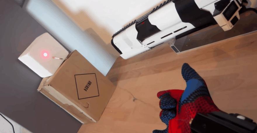 Žmogaus - voro šaudyklė