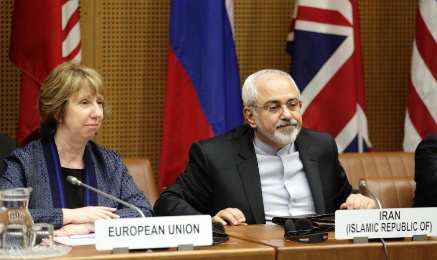 ES diplomatijos vadovė Catherine Ashton ir Irano užsienio reikalų ministras Mohammadas Javadas Zarifas