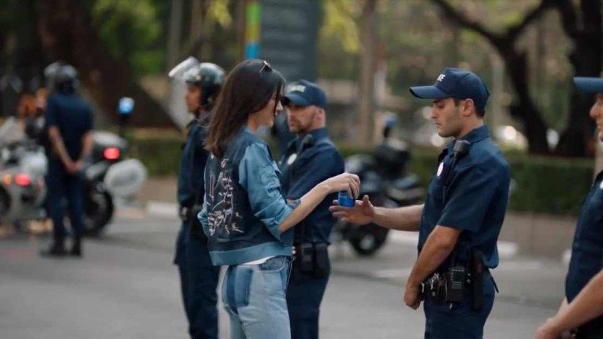 "Kendall Jenner ""Pepsi"" reklamoje"