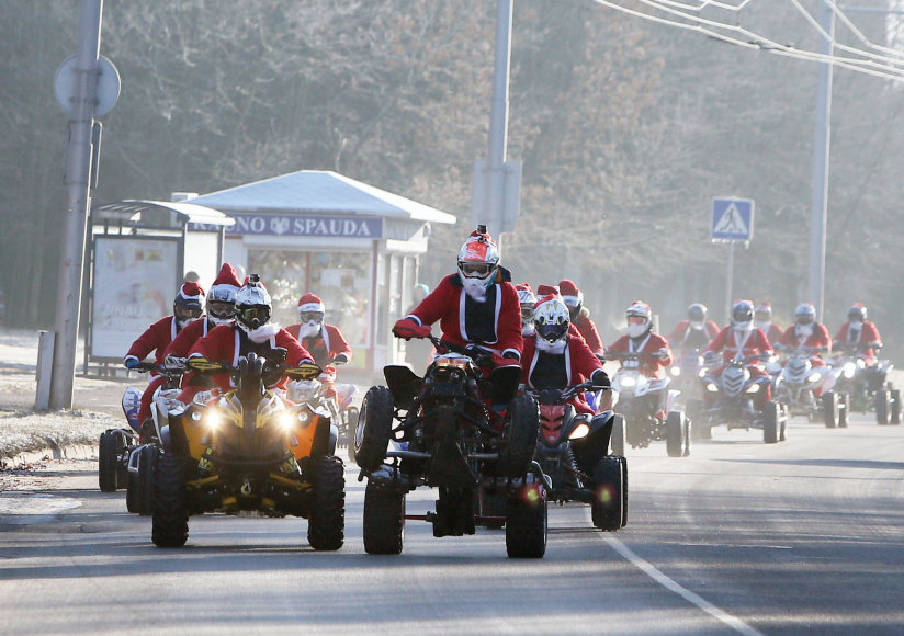 Kalėdų senių paradas