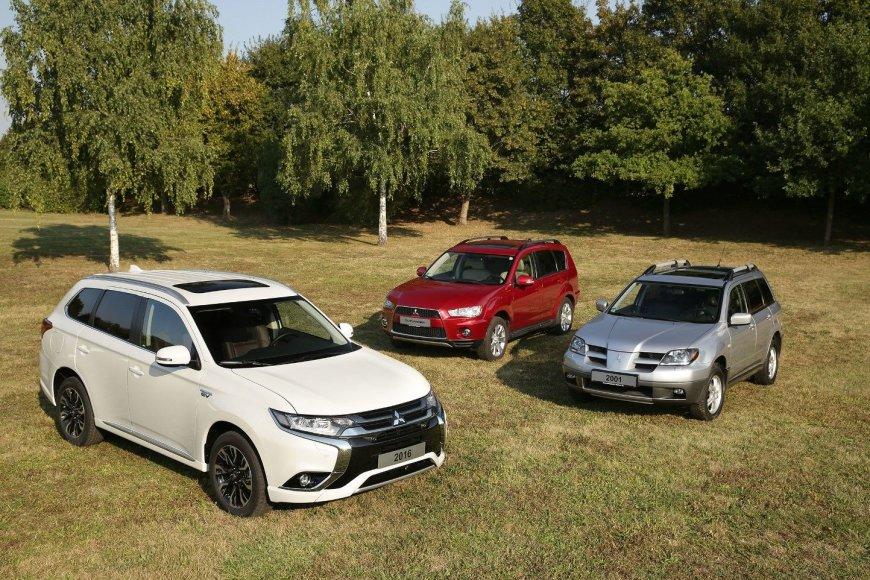 """""""Mitsubishi Outlander"""" automobiliai"""