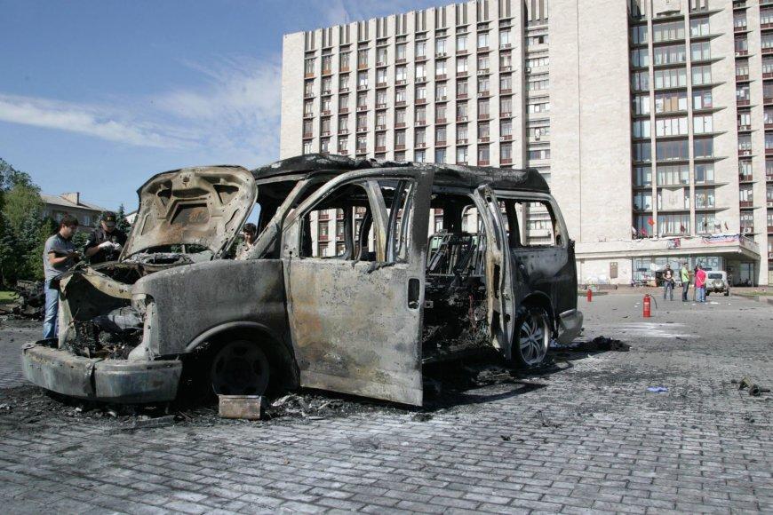 Donecke susprogdintas mikroautobusas