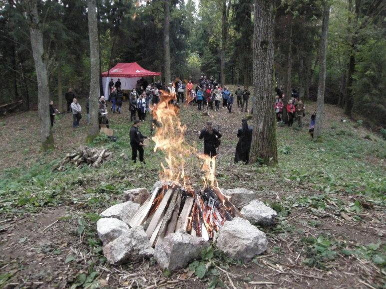 Samylų piliakalnyje surengta pristatymo šventė