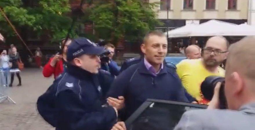 Lenkijoje sulaikyras prezidento užpuolimu įtariamas vyras