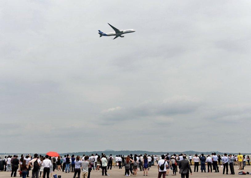 """Airbus A350-900"""