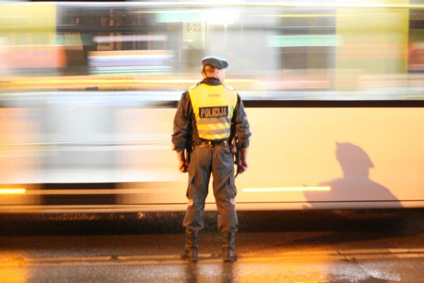 Šiaulių policija užtvėrė Tilžės gatvę