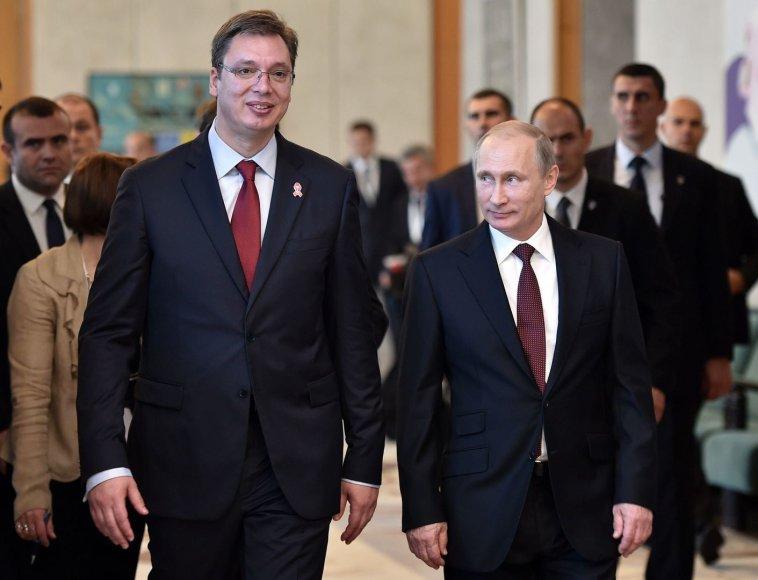 Į Belgradą atvykęs Putinas sutiktas kaip didvyris