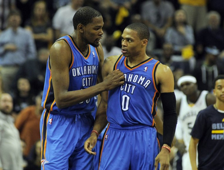 """""""Thunder"""" lyderiai Kevinas Durantas ir Russellas Westbrookas"""