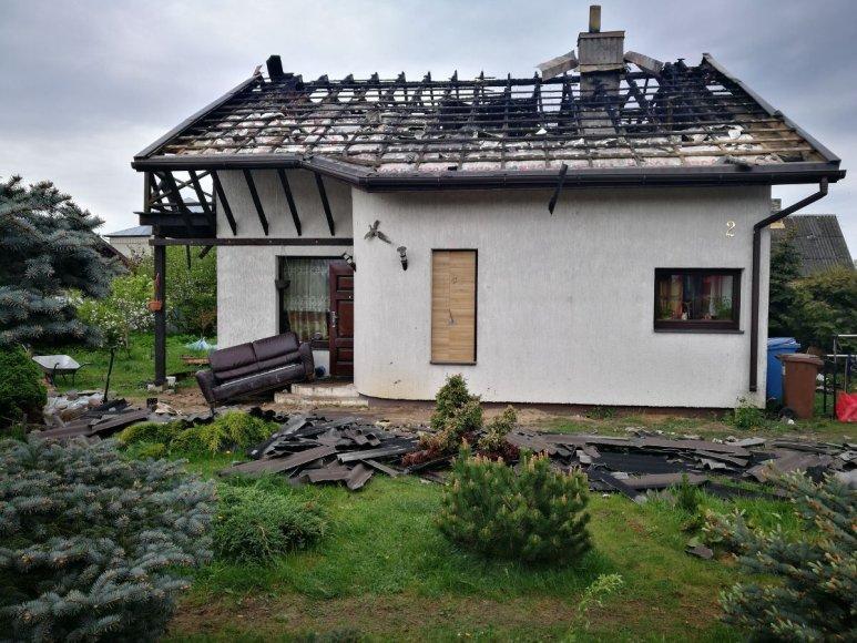 Sudegintas namas Karmėlavoje