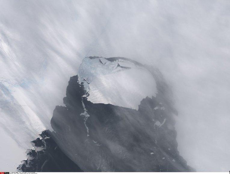 Atskilęs ledkalnis