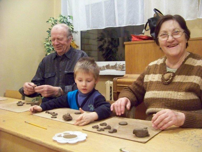 Ugdomieji užsiėmimai seneliams ir anūkams