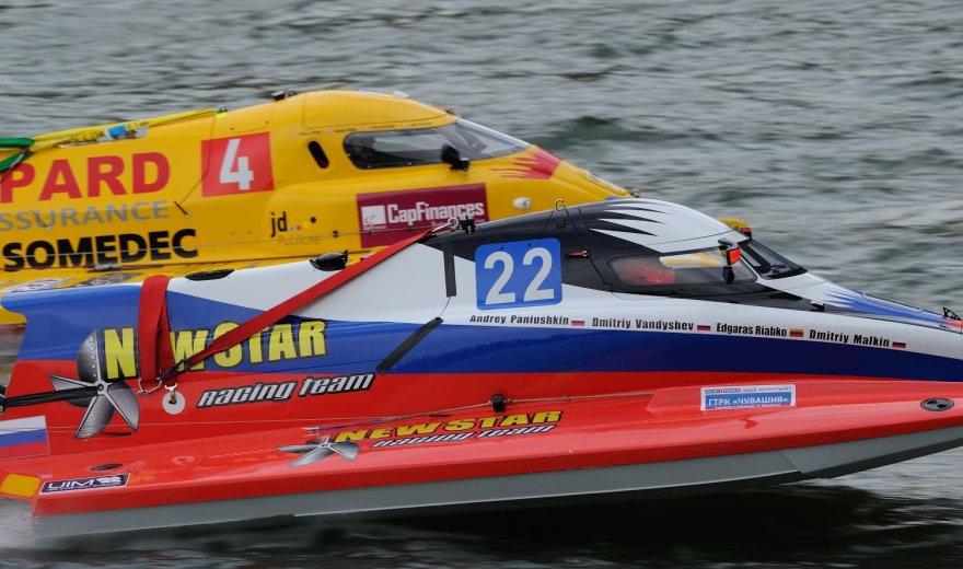Edvardas Riabko sėkmingai pasirodė 24 valandų vandens formulių F2 varžybose.
