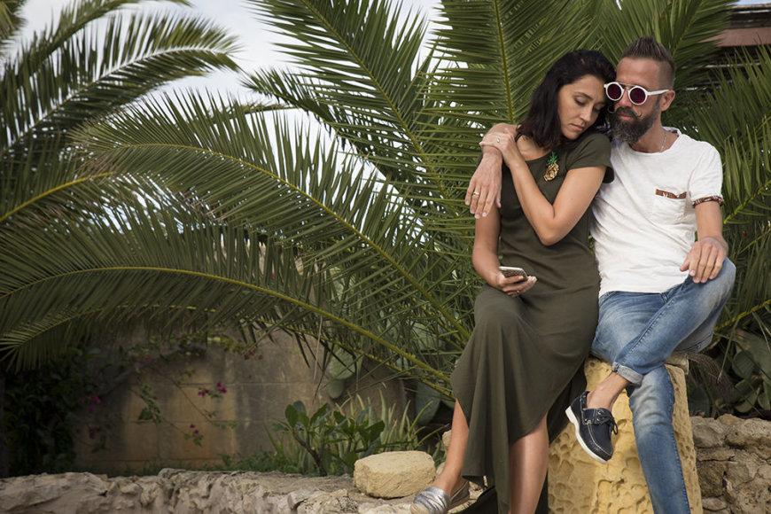Asmeninio albumo nuotr./Linas Adomaitis su žmona Irma Maltoje