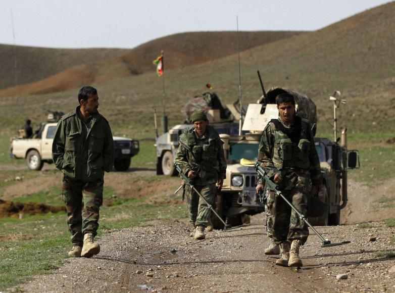 Afganistano moterys pasiryžusios pakeisti vyrus ir tarnauti kariuomenėje