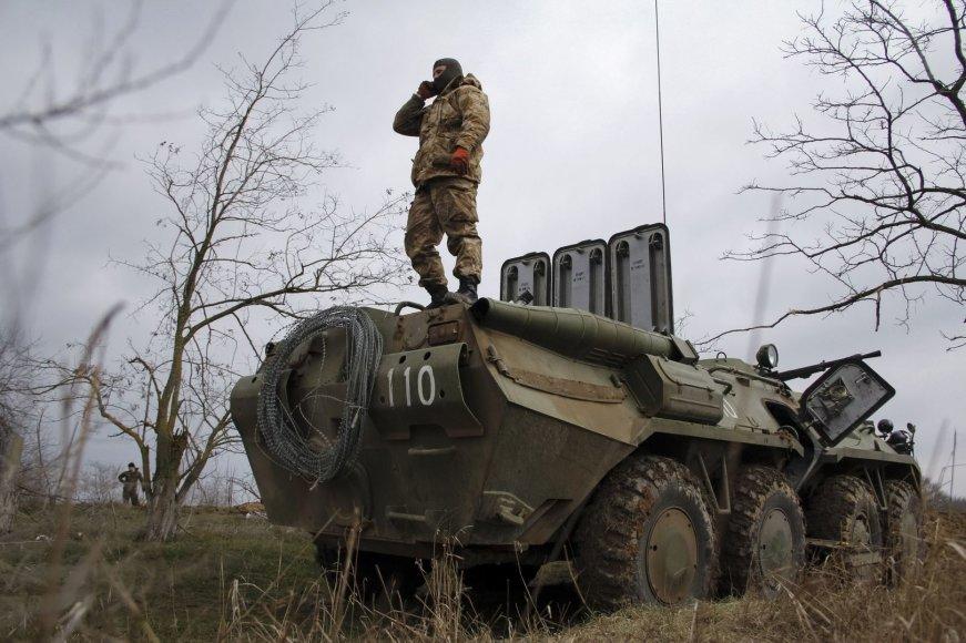 Ukrainos karinė technika netoli Krymo sienos
