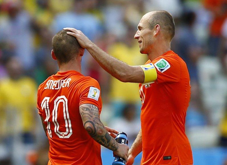 Wesley Sneijderis ir Arjenas Robbenas