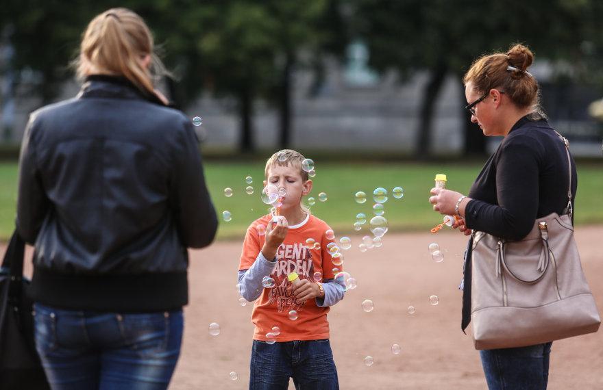 """""""Burbuliatoriaus"""" akcijos akimirka"""