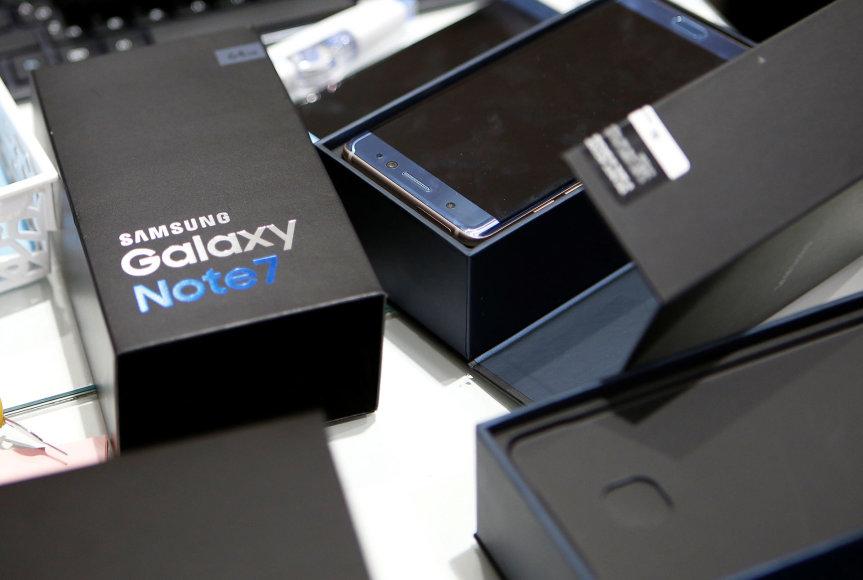 """Gamintojui grąžinami """"Galaxy Note 7"""" telefonai"""