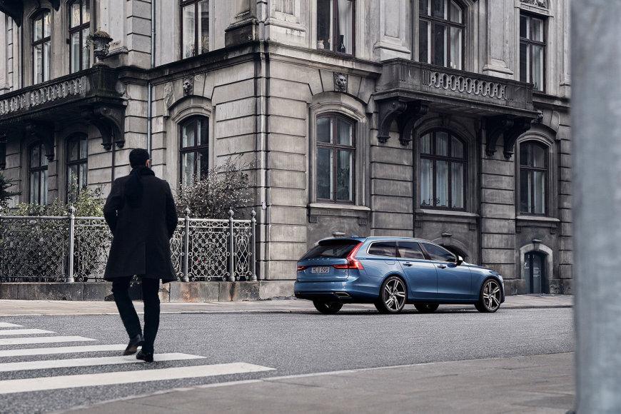 """""""Volvo V90 R Design"""""""