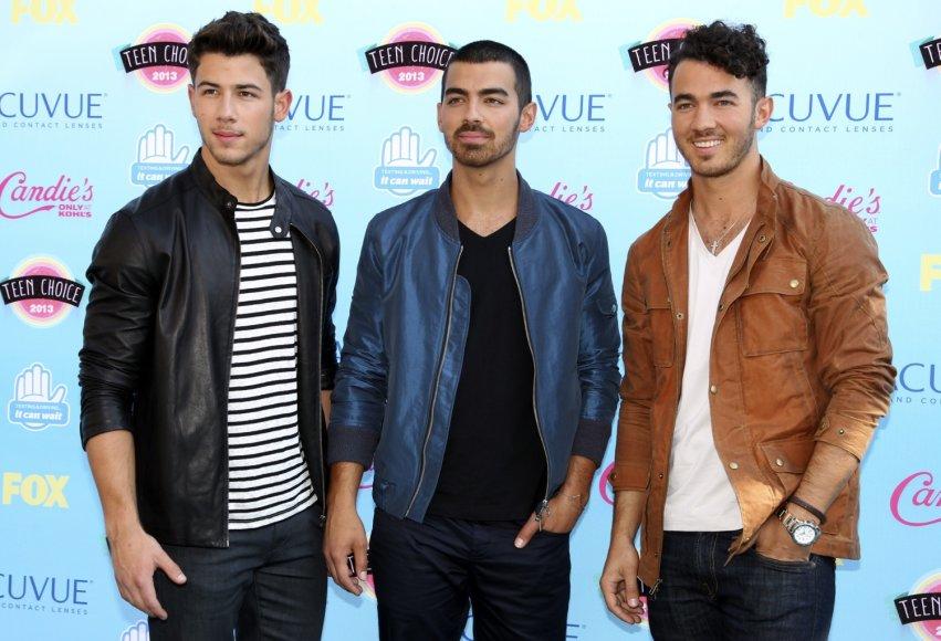 """""""Jonas Brothers"""": Nickas Jonas, Joe Jonas ir Kevinas Jonas"""