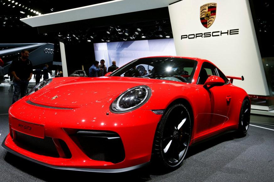 """""""Porsche 911 GT3"""" Ženevos automobilių parodoje"""