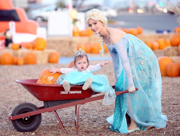 Holly Madison su dukra Rainbow Aurora