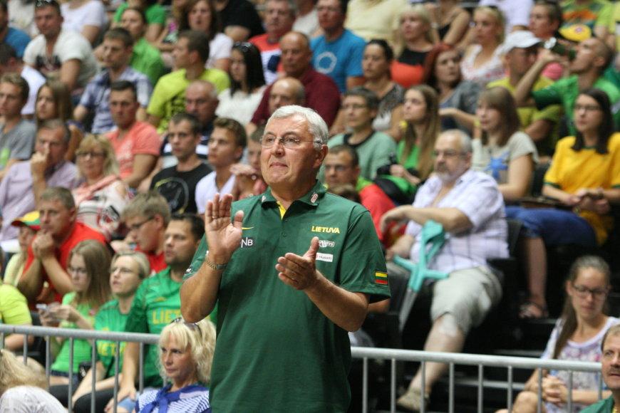 Jonas Kazlauskas, Lietuvos krepšinio rinktinės treneris