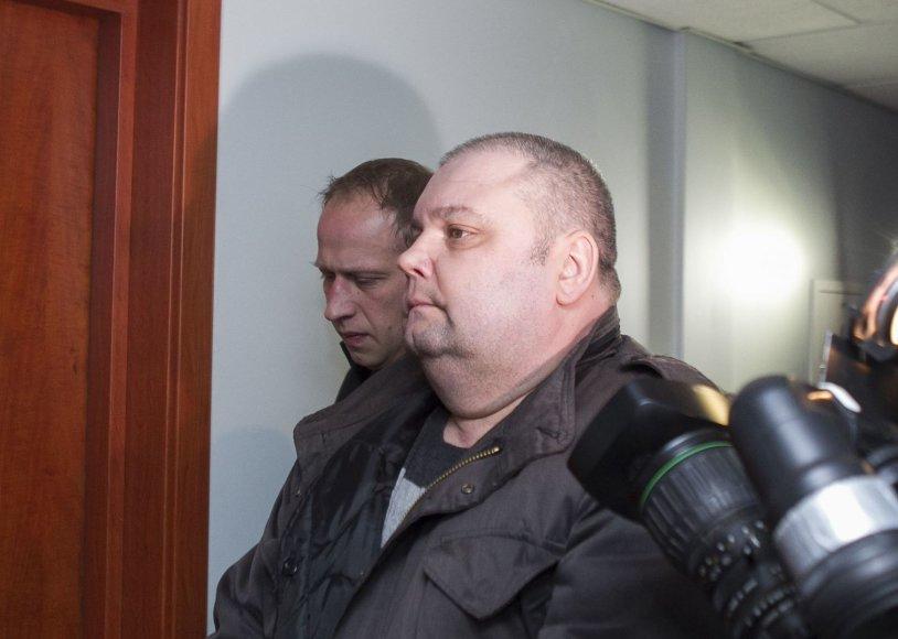 Sausio 13-osios įvykių bylos įtariamasis atvesdintas į teismą.