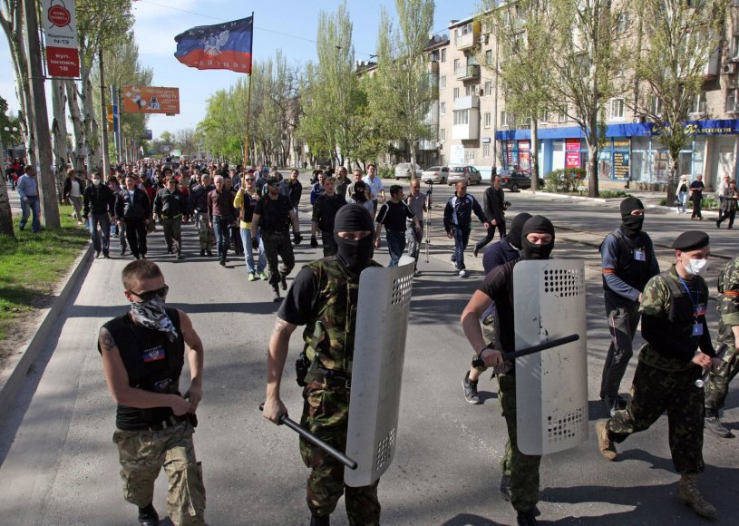 Prorusiški separatistai Donecko gatvėse