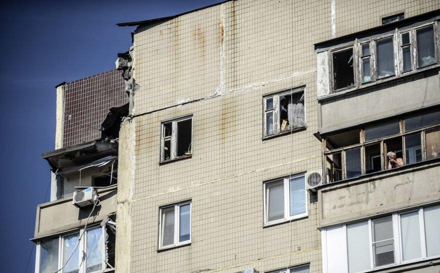 Donecke apšaudytas daugiabutis