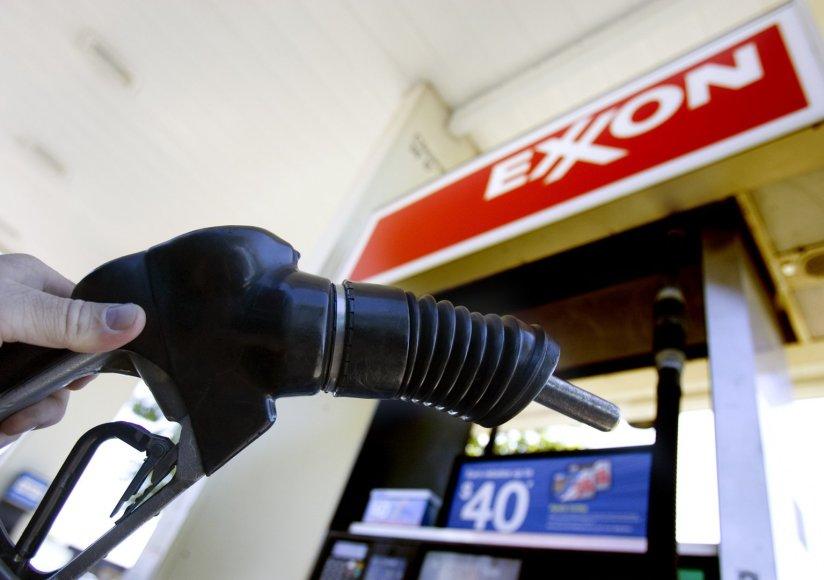 """""""Exxon"""" degalinė Vašingtono valstijoje"""